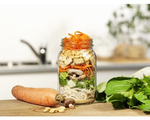 Salade de nouilles japonaise et dressing au sésame